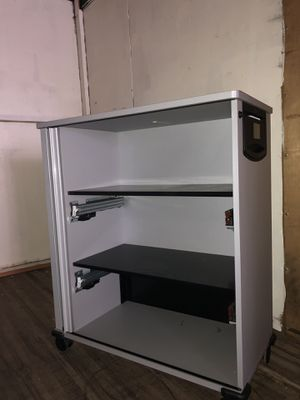 Large roll around locking cabinet for Sale in San Francisco, CA