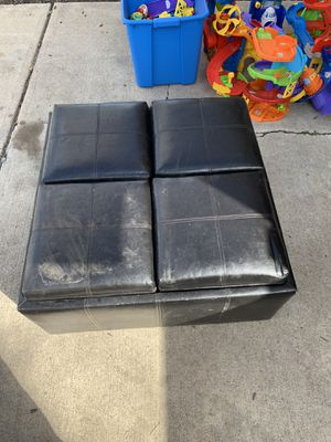 Coffee table with storage an trays for Sale in Lakewood, CO