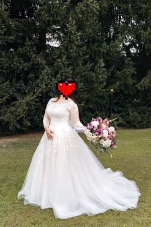 Wedding dress size 10 for Sale in Portland, OR