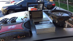 2 amps ,, 10 inch kicker ,, 2 4x6 ,, pioneer double din cracked but still works for Sale in March Air Reserve Base, CA