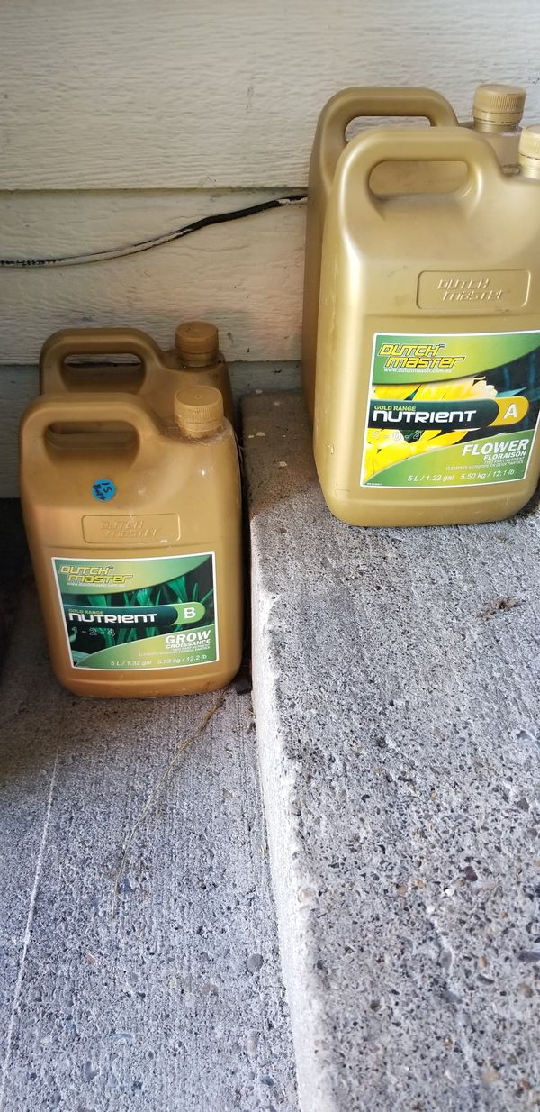 Bunch of grow equiptment light filter nutrients