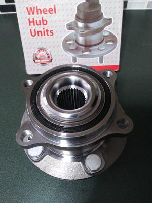 New wheel bearing hub 5 lugs for Sale in Mebane, NC