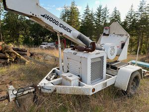 Wood chipper for Sale in Glenwood, OR