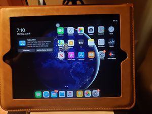 IPad Air 2 for Sale in Brooklyn, OH
