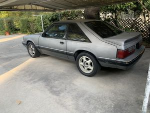 1988 Ford Mustang clean tittle for Sale in Altadena, CA