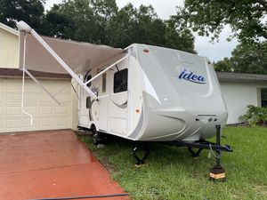 Camper- Travel Trailer IDEA 2015 17ft for Sale in Brandon, FL