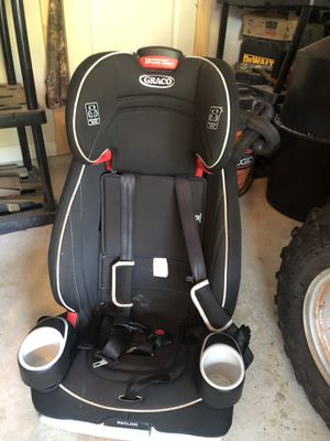 Graco 3 in 1 booster seat LIKE NEW $60 obo for Sale in Winder, GA