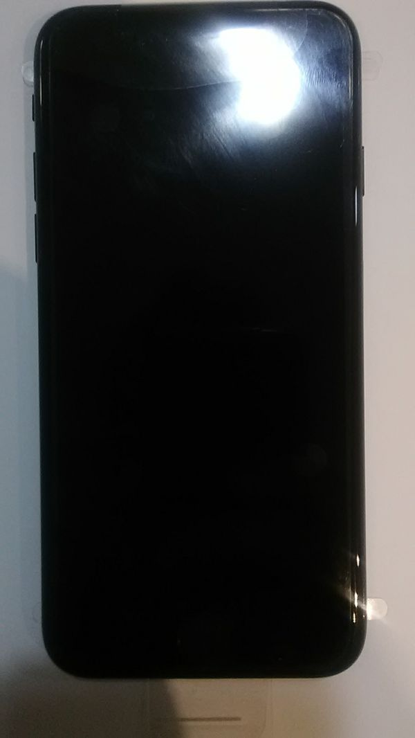 iPhone 7 Unlocked Jet-black 128gb