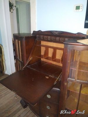 Antique Desk for Sale in Gladewater, TX