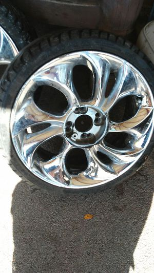205/40/17 rims and tires for Sale in Norwalk, CA