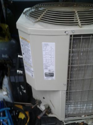 Ac unit carrieer for Sale in Pompano Beach, FL