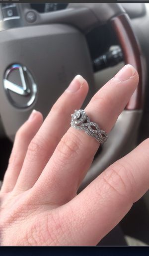 Wedding ring set / Kay's for Sale in Carrollton, TX