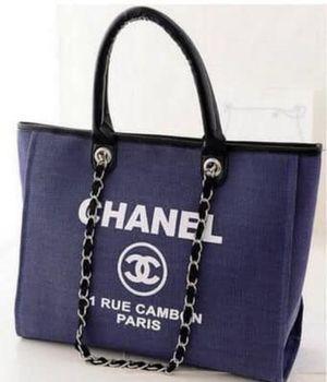 Chanel Tote for Sale in Westland, MI