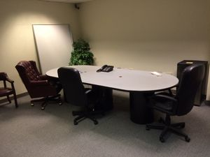 Office furniture for Sale in Lawrence, NY