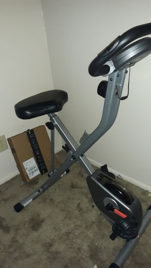 Exerpeutic Folding Magnetic Upright Exercise Bike for Sale in Kendallville, IN
