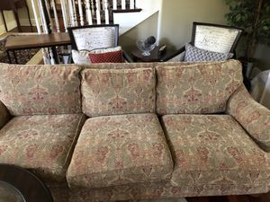 Comfy 3- cushion Ethan Allan sofa for Sale in Hinsdale, IL