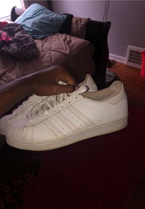 Women Adidas Shoes Size 8 for Sale in Richmond Heights, OH