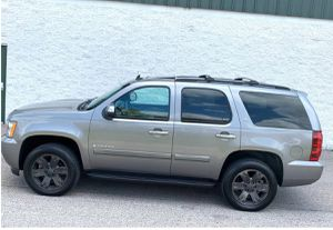 Nothing\Wrong2007 Chevrolet Tahoe LTZ AwdWheelsss gas saver for Sale in Raleigh, NC