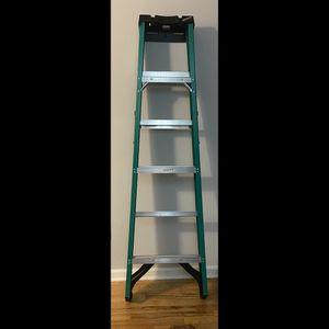 Werner Fiberglass Step Ladder -6ft. Ladder for Sale in Queens, NY