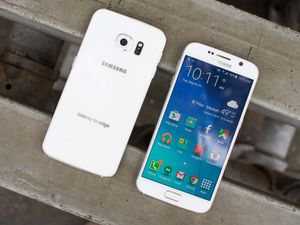 Samsung galaxy S6 edge - factory unlocked with box and accessories -30 days warranty for Sale in Springfield, VA