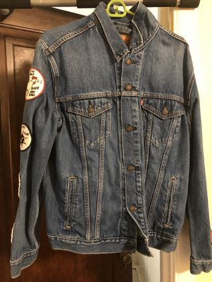 Levi Strauss Jean Jacket w/ Patches for Sale in Columbus, OH