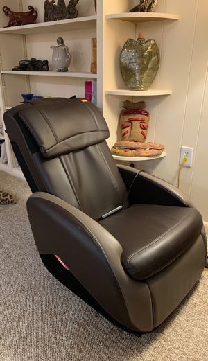 Brown Massage Chair for Sale in Bethesda, MD