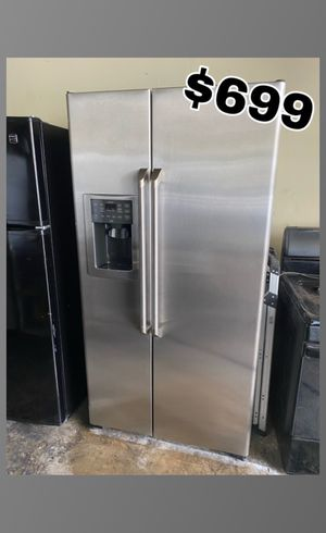 GE CAFE STAINLESS COUNTER DEPTH SIDE BY SIDE FRIDGE for Sale in Santa Ana, CA