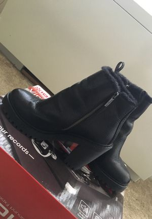 Dr. Martens BOOTS [GREAT VALUE] Size 10 for Sale in Washington, DC