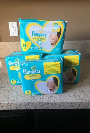 Newborn Diapers for Sale in Los Angeles, CA