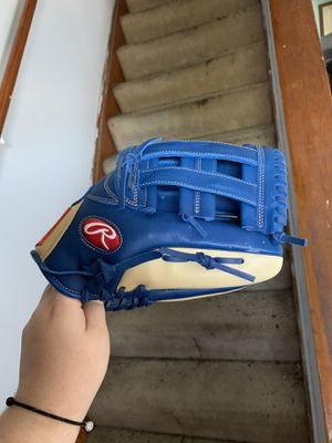 Rawlings Baseball Glove for Sale in Glen Burnie, MD