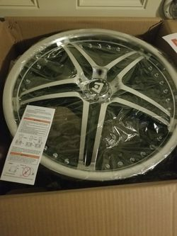 Set of 17'' 5 lug Motegi Racing rims for Sale in Lakewood,  WA