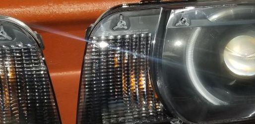 Chevrolet camaro Headlight Set For 2010-2013 Left and Right With Bulb 2Pc for Sale in Kissimmee,  FL