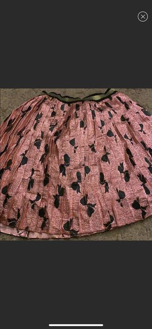 Gucci bow tie skirt for Sale in Cincinnati, OH