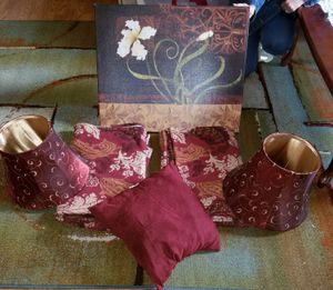 Maroon and gold living room decor for Sale in Philadelphia, PA