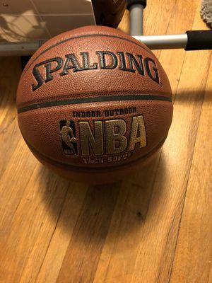 Spaulding Men's 19.5 basketballs for Sale in Livonia, MI