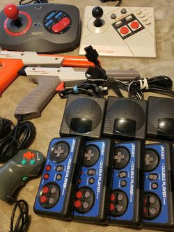 NES CONTROLLERS for Sale in Edmonds,  WA