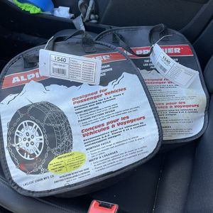 Alpine Premier Tire Chains New for Sale in Tacoma, WA