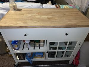 Pantry/table top (White) for Sale in Hamilton, OH