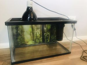 10 gallon turtle aquarium including lamp,filter and food for Sale in Palatine, IL