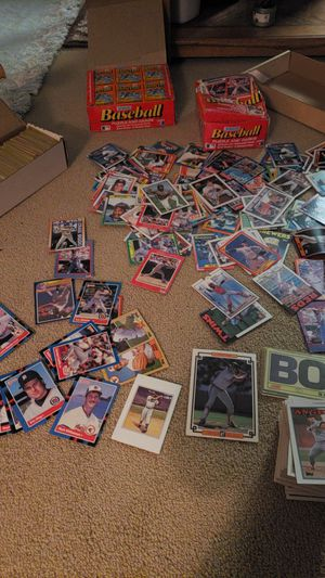 Baseball cards,and two full packs of Donruss puzzles and cards in new package. for Sale in Wichita, KS