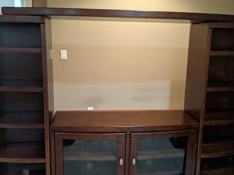 Dark Wood Entertainment Center for Sale in Puyallup,  WA