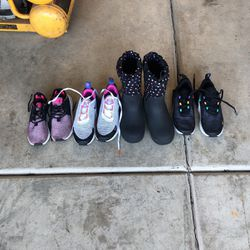 Snow boot And Nike Shoes For Girl for Sale in Modesto,  CA