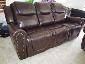 Reclining set Brown Bonded leather for Sale in Kent, WA