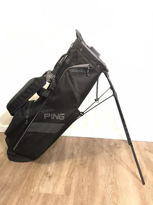 2019 Ping Hoofer Lite Stand Bag for Sale in Everett, WA