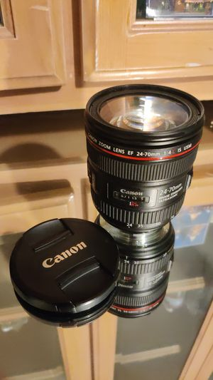 Canon Zoom Lens EF 24-70mm 1:4 L IS USM IMAGE STABILIZER ULTRASONIC for Sale in Lake View Terrace, CA