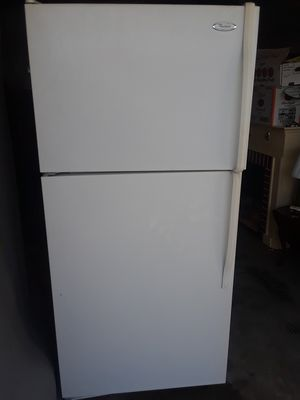 Refrigerator full size by whirlpool exc cond works great $185 firm Elkton pickup only for Sale in Elkton, MD