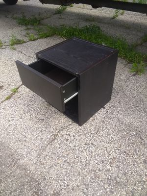 End Table for Sale in Skokie, IL