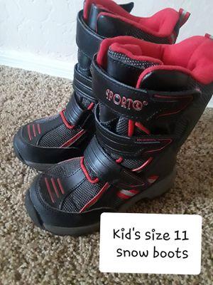 Kids size 11 snow boots for Sale in Surprise, AZ
