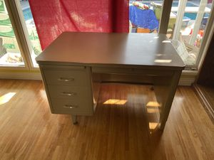 Office Utility Desk for Sale in Downey, CA