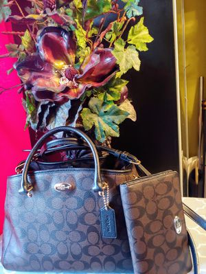 Authentic Coach bag with matching wallet for Sale in West Valley City, UT